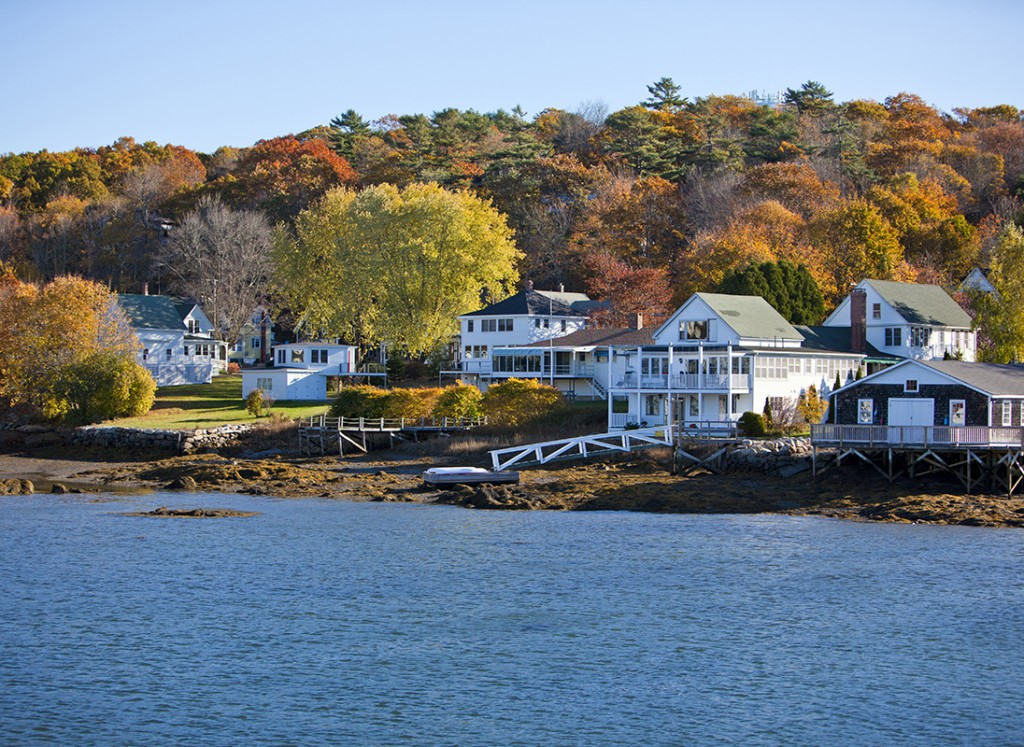 quaint-new-england-town-ultimate-excurtions